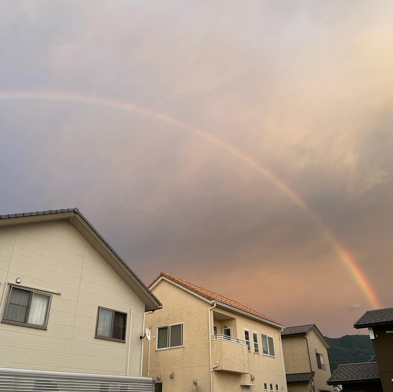 ふと事務所の窓を覗くと虹が.....#伐採#特殊伐採#林業#石川県#白山市#鶴来#なかの林業