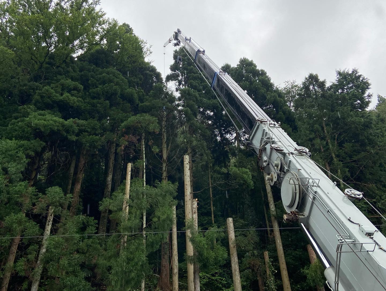 本日は悪天候の中の伐採工事です#伐採#特殊伐採#林業#急傾斜地対策工事#石川県#白山市#鶴来#なかの林業